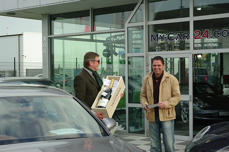 fahrzeugbergaben autohaus bad oldesloe my car24. Black Bedroom Furniture Sets. Home Design Ideas